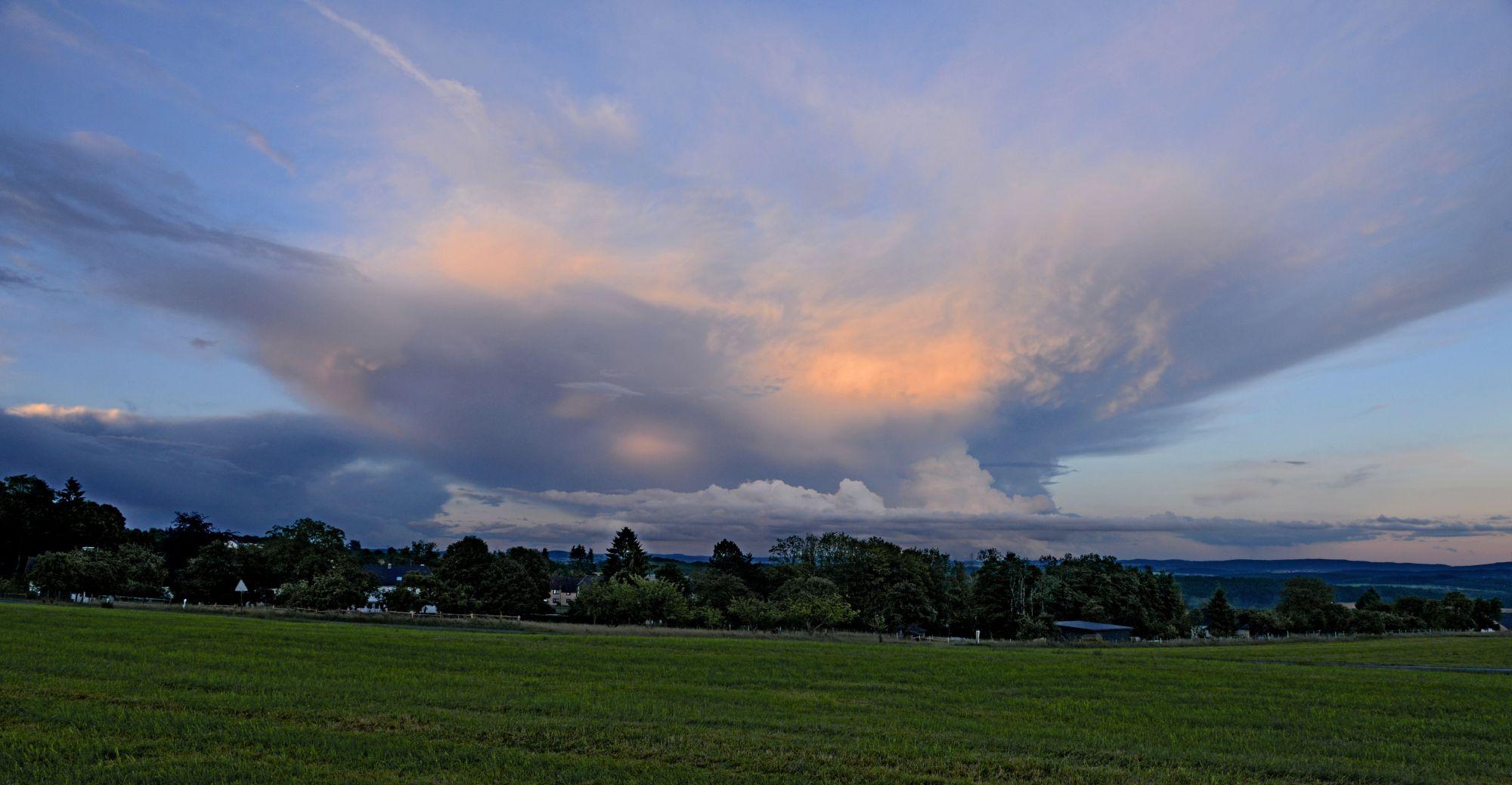 Wolken-Hp-4..